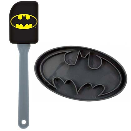 Batman Spatula and Cookier Cutter Combo