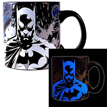 Batman Glow In The Dark 20oz Mug