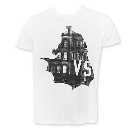 Junk Food Men's White Batman V Superman Versus T-Shirt